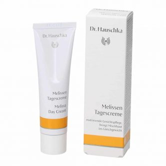 Dr. Hauschka Melissa Day Cream effectively cares for combination skin. Oily areas are calmed, dry patches are hydrated, the appearance of redness is reduced, and shine is controlled for a balanced, radiant complexion